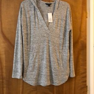 Banana Republic athleisure cover top